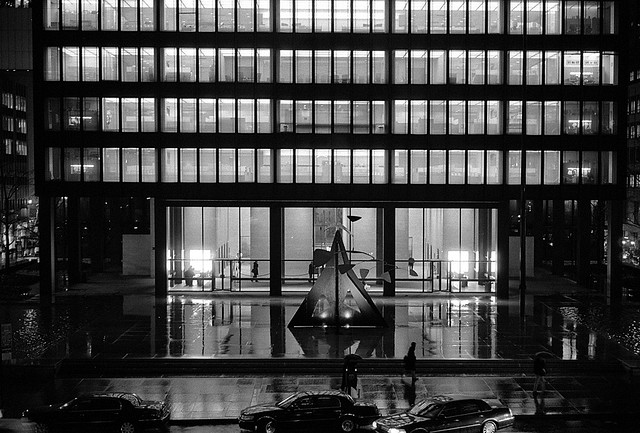 Seagrams building, New York City. Ludwig Mies van der Rohe, architect. Photo by Tony Green